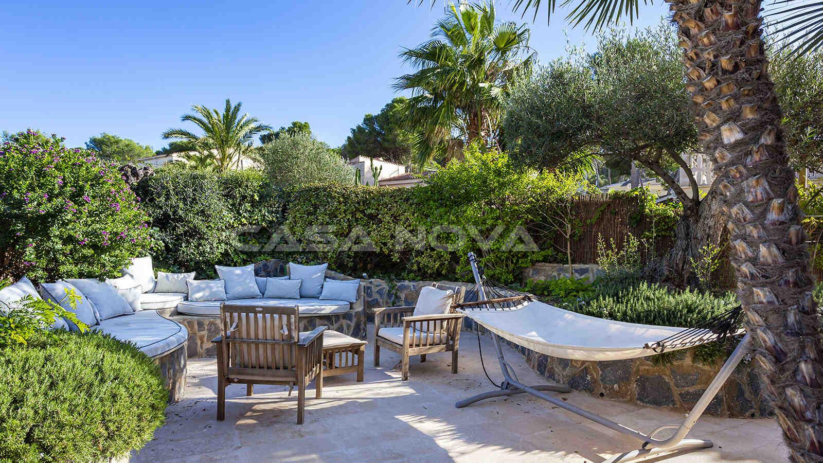 Wunderschöner Garten mit Chillout- Bereich
