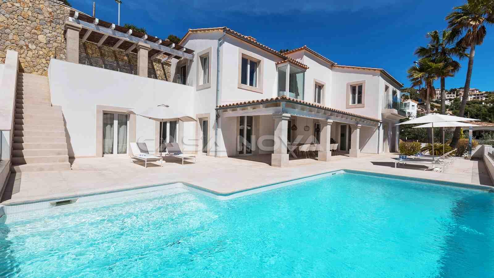 Moderne Mallorca Villa mit mediterranen Akzenten