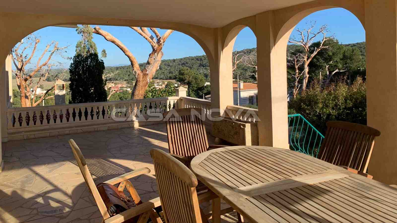 Überdachte Terrasse dieser Mallorca Villa