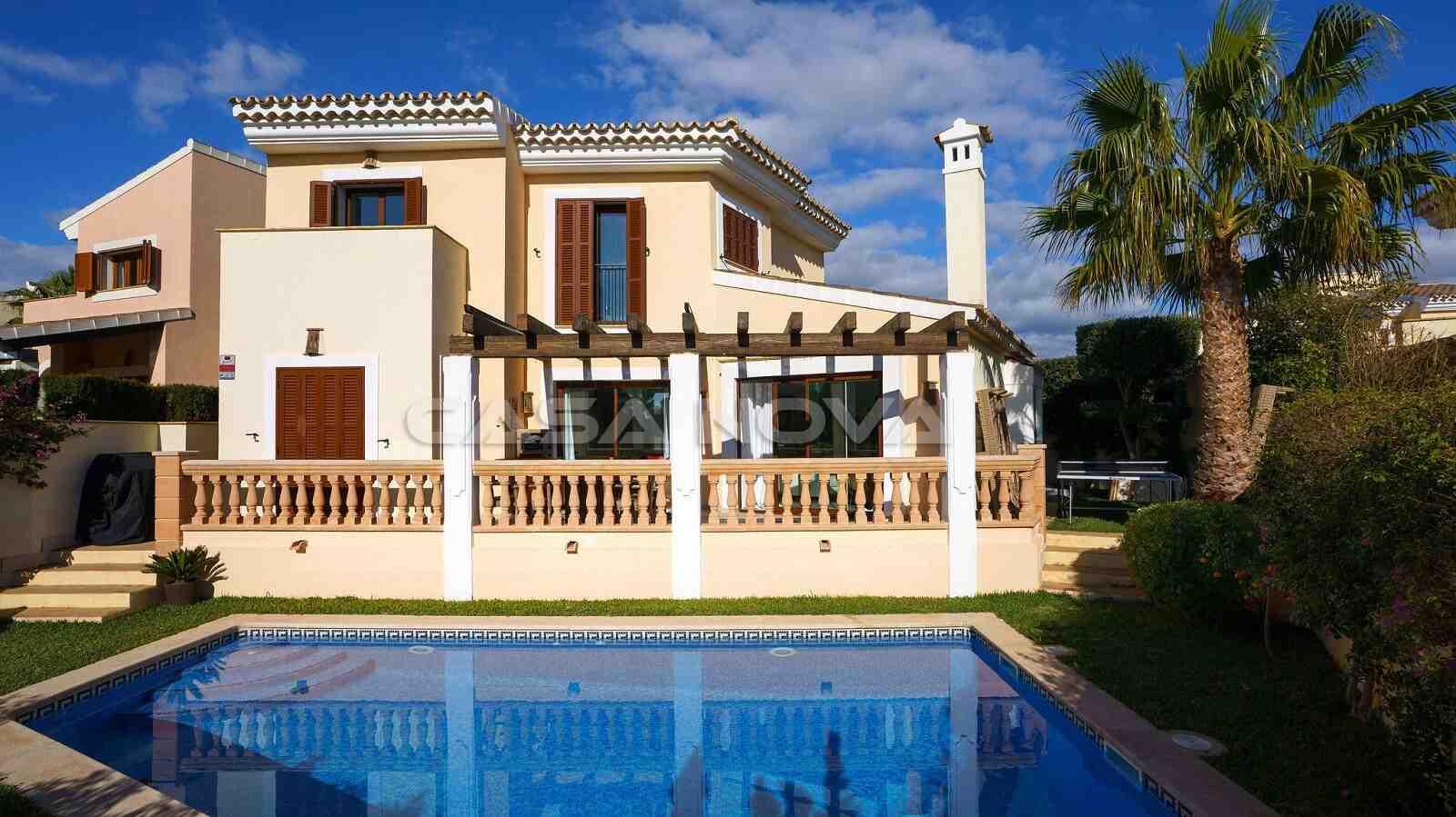 Mediterrane Mallorca Villa mit Pool am Golfplatz