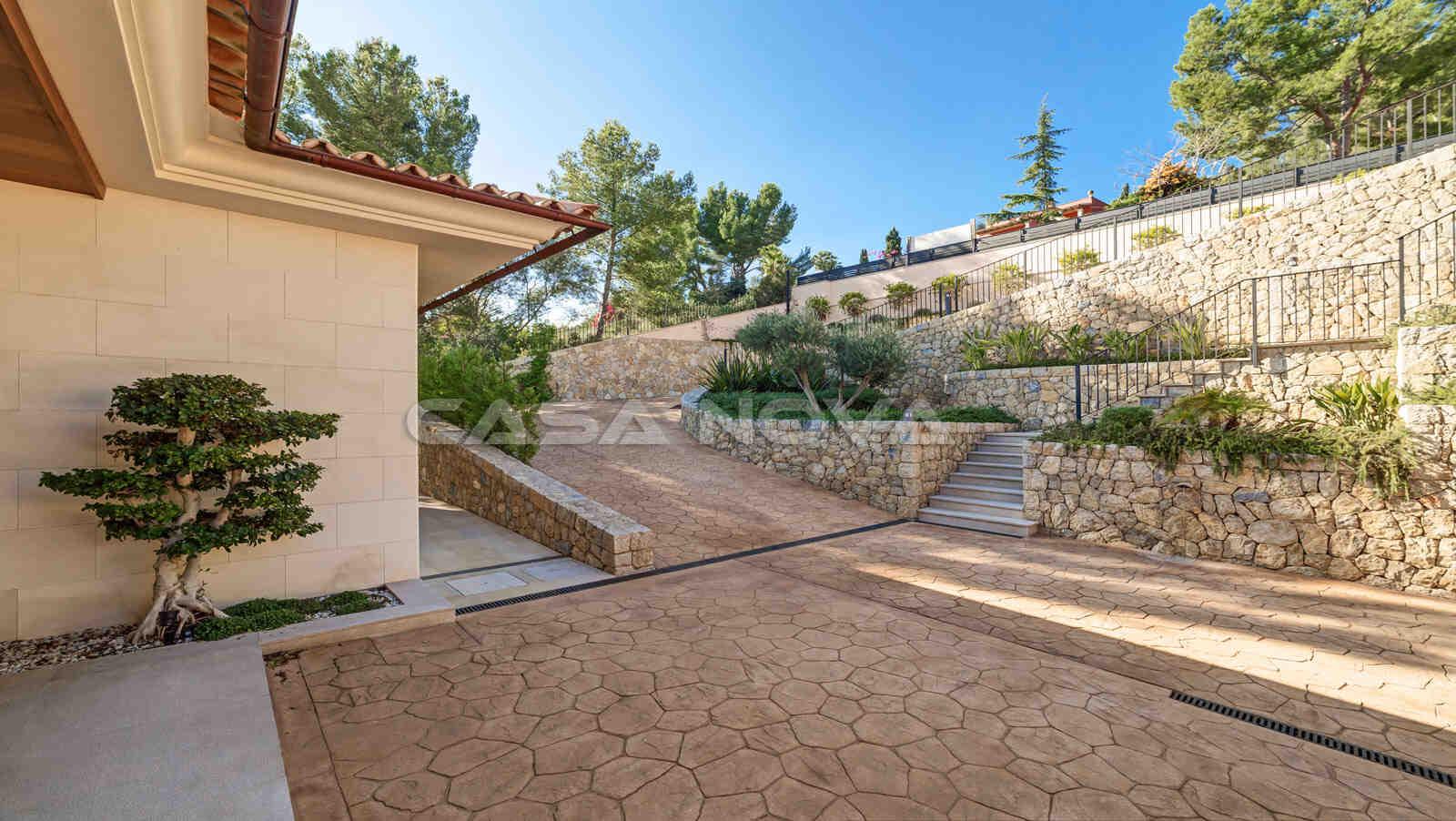 Zufahrt dieser exklusiven Mallorca Immobilie