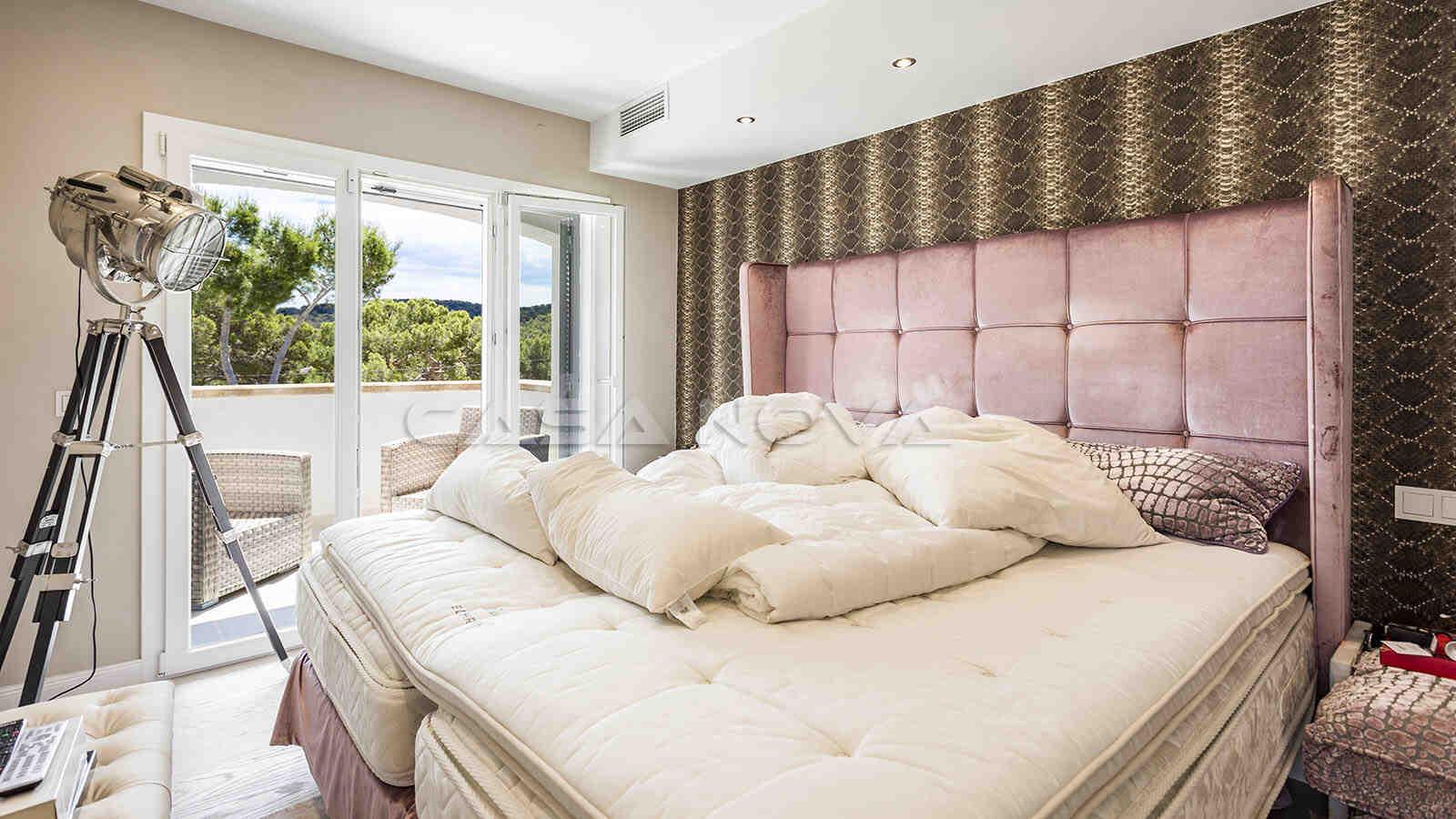 Charmantes Doppelschlafzimmer mit Terrasse