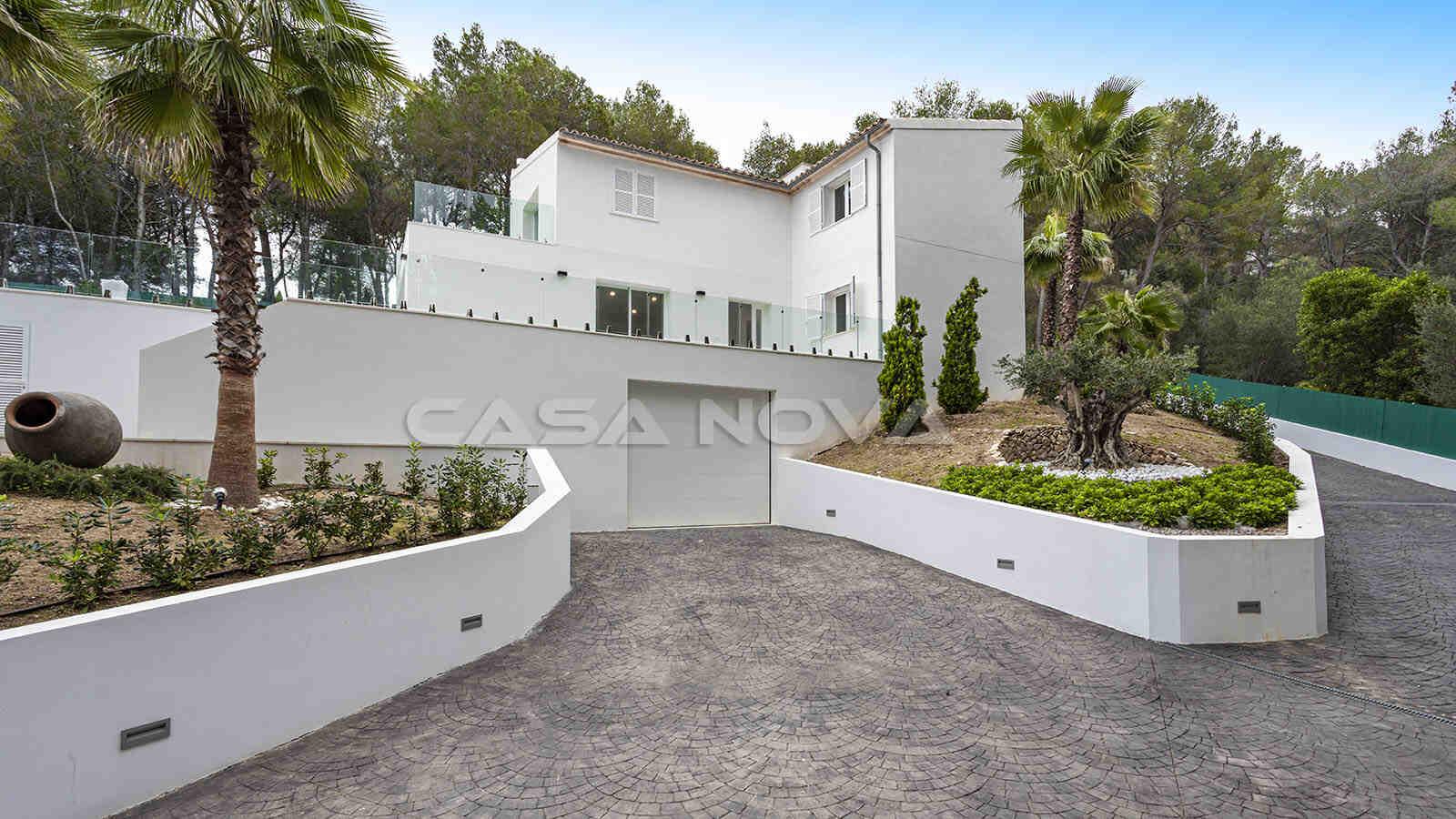 Moderne Mallorca Villa mit imposanter Auffahrt