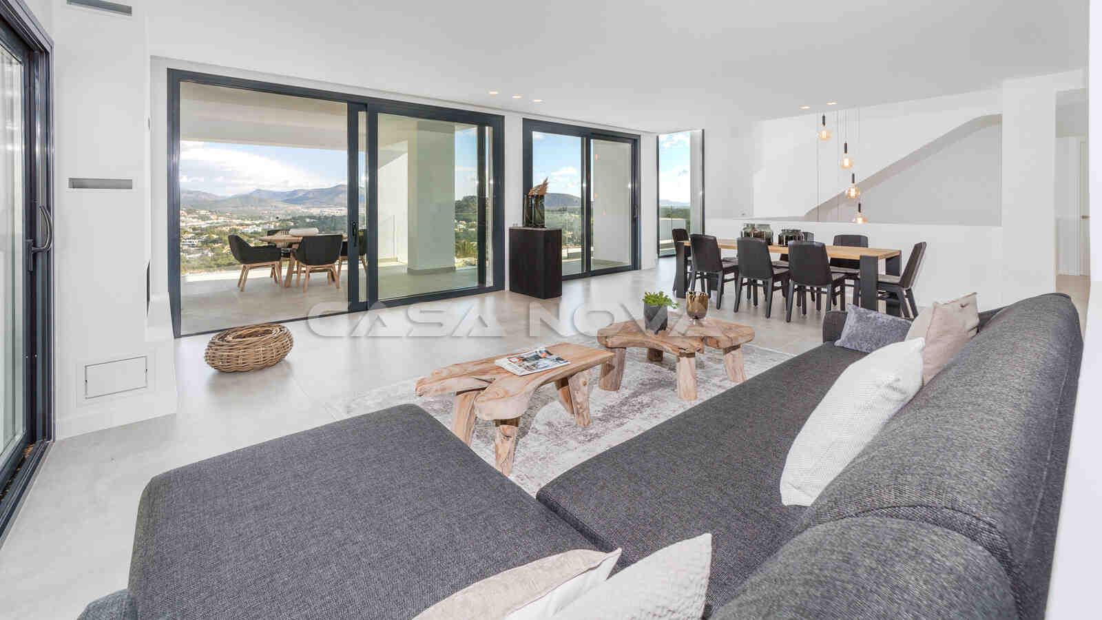 Ref. 2402254 - Offener Wohnbereich mit bodentiefen Fensterfronten