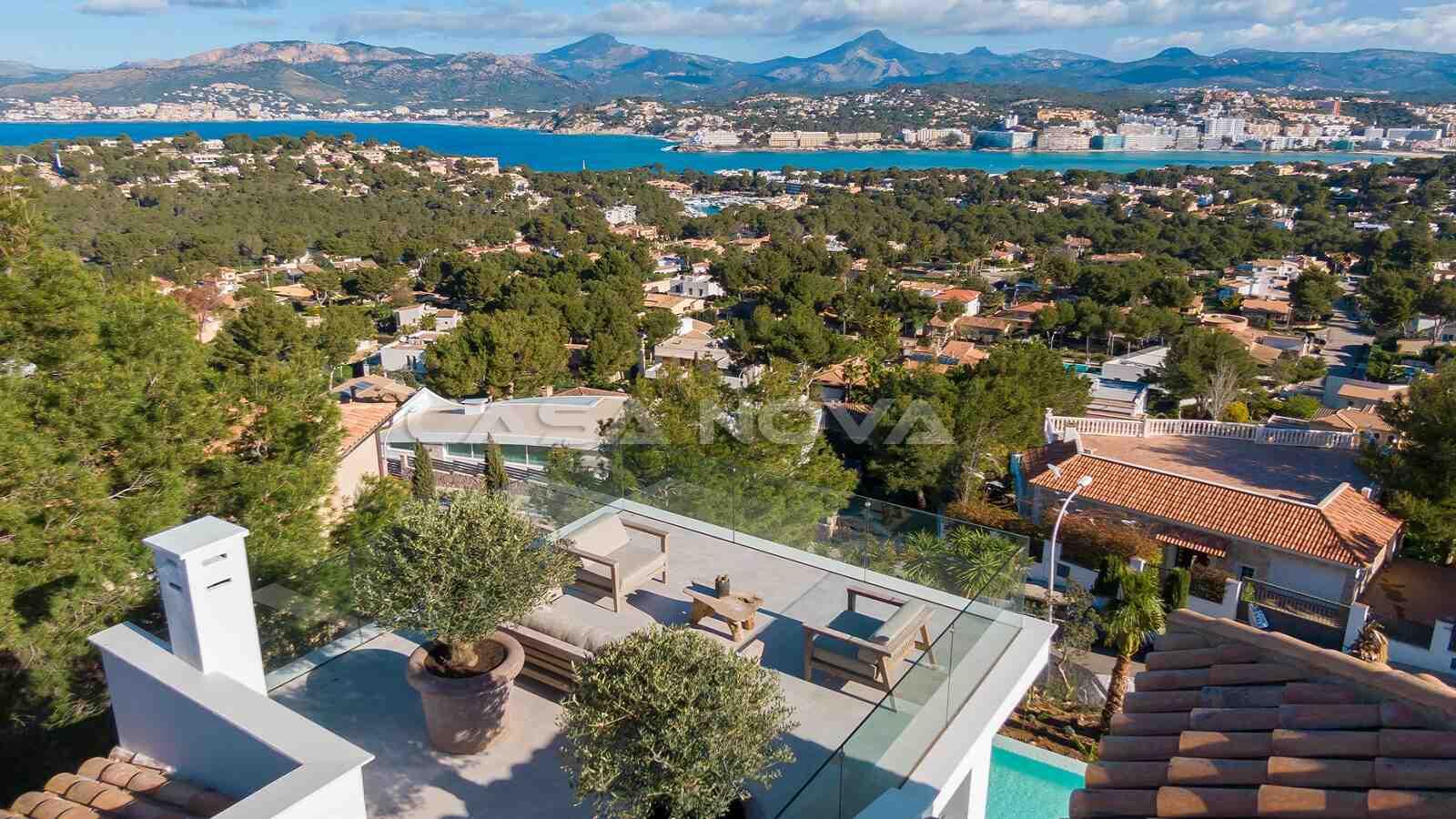 180 Grad Panoramablick über die Bucht von Santa Ponsa