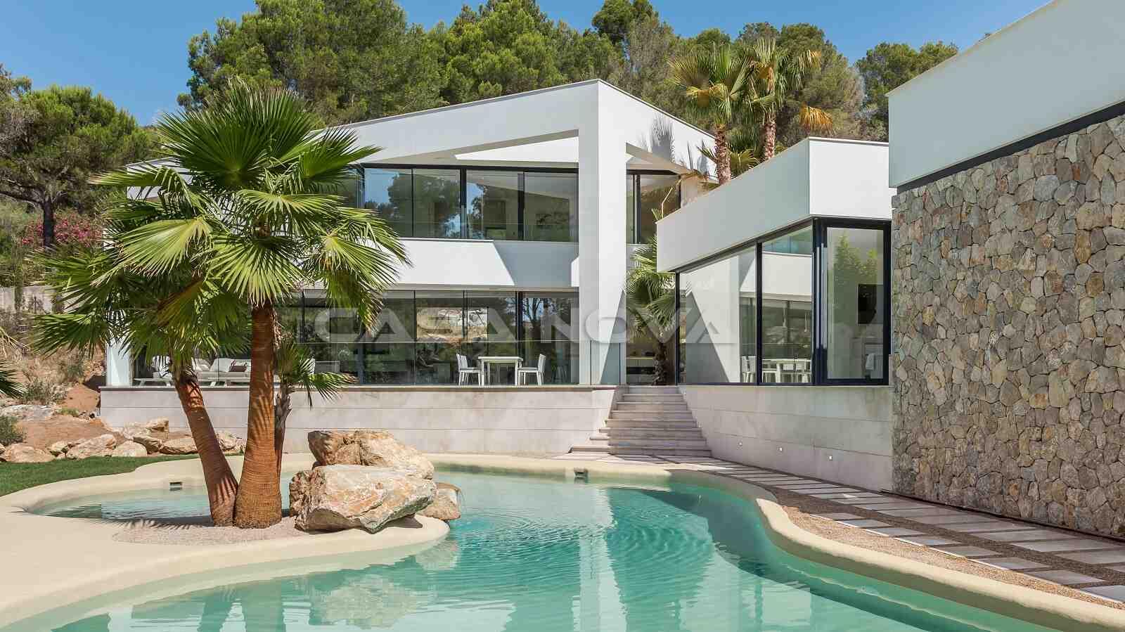 Luxus Villa mit attraktivem Pool