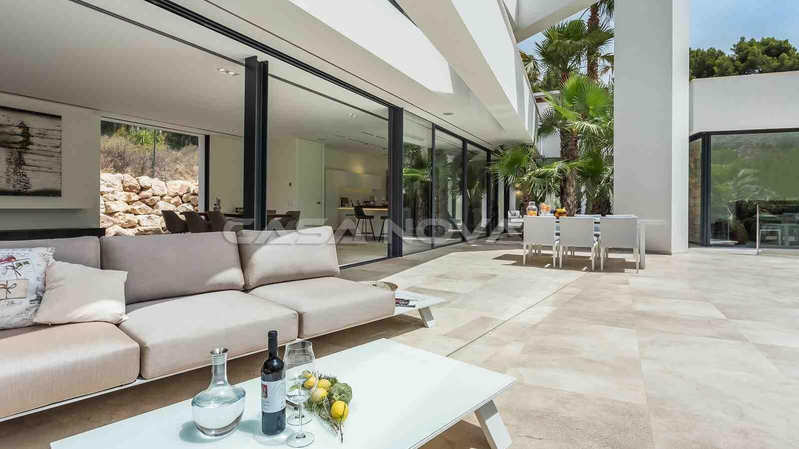 Top moderner Terrassenbereich
