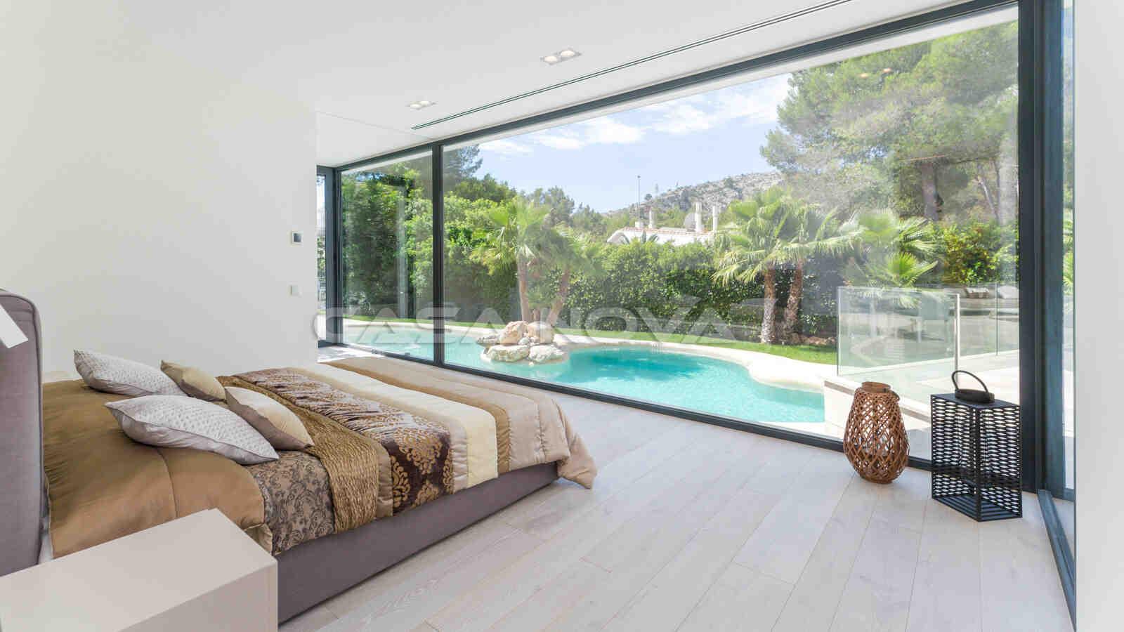 Traumhaftes Hauptschlafzimmer mit Bad en Suite