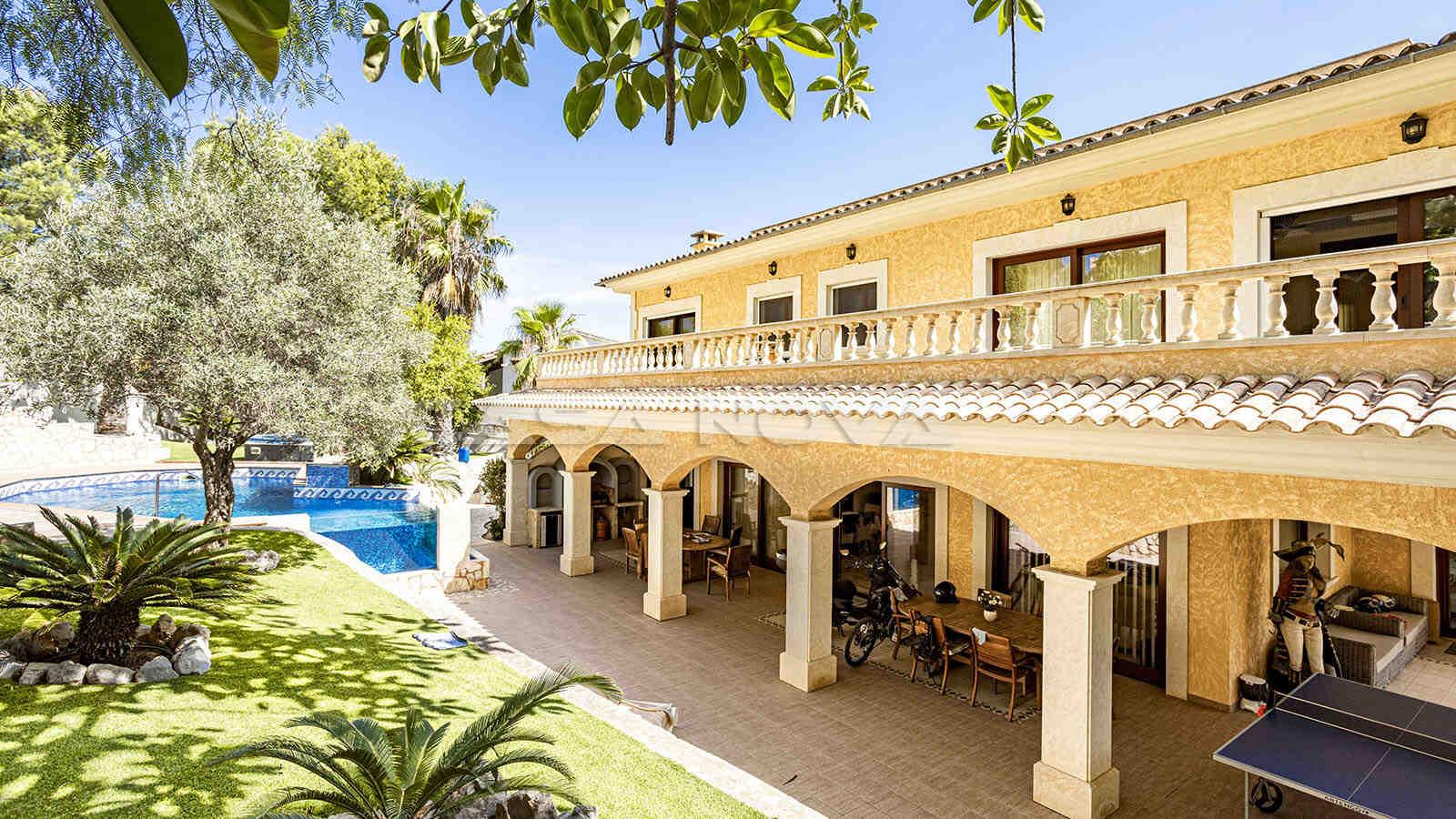 Große Mallorca Villa mit mediterranen Akzenten