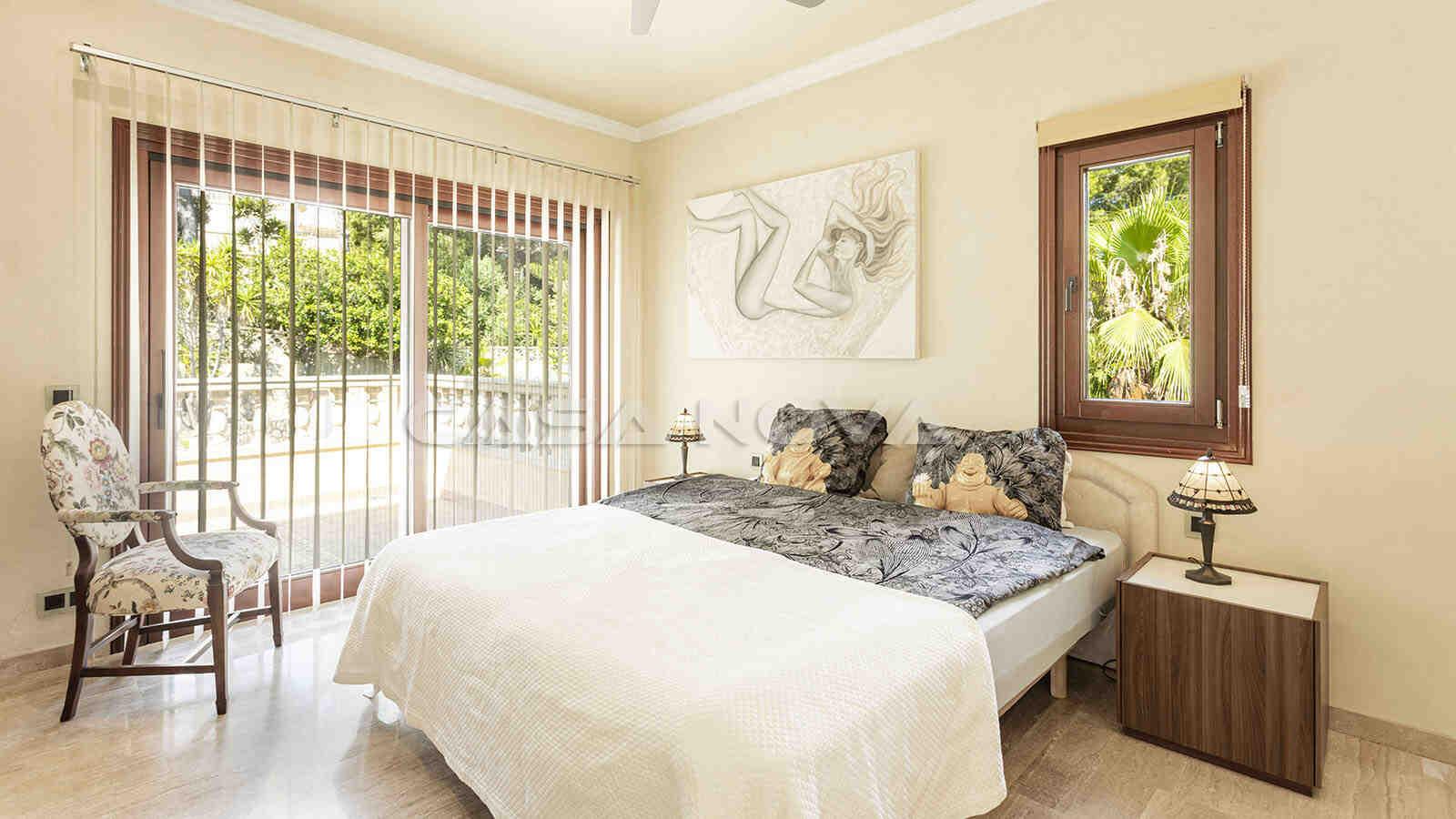 Zweites Doppelschlafzimmer mit Terrassenzugang