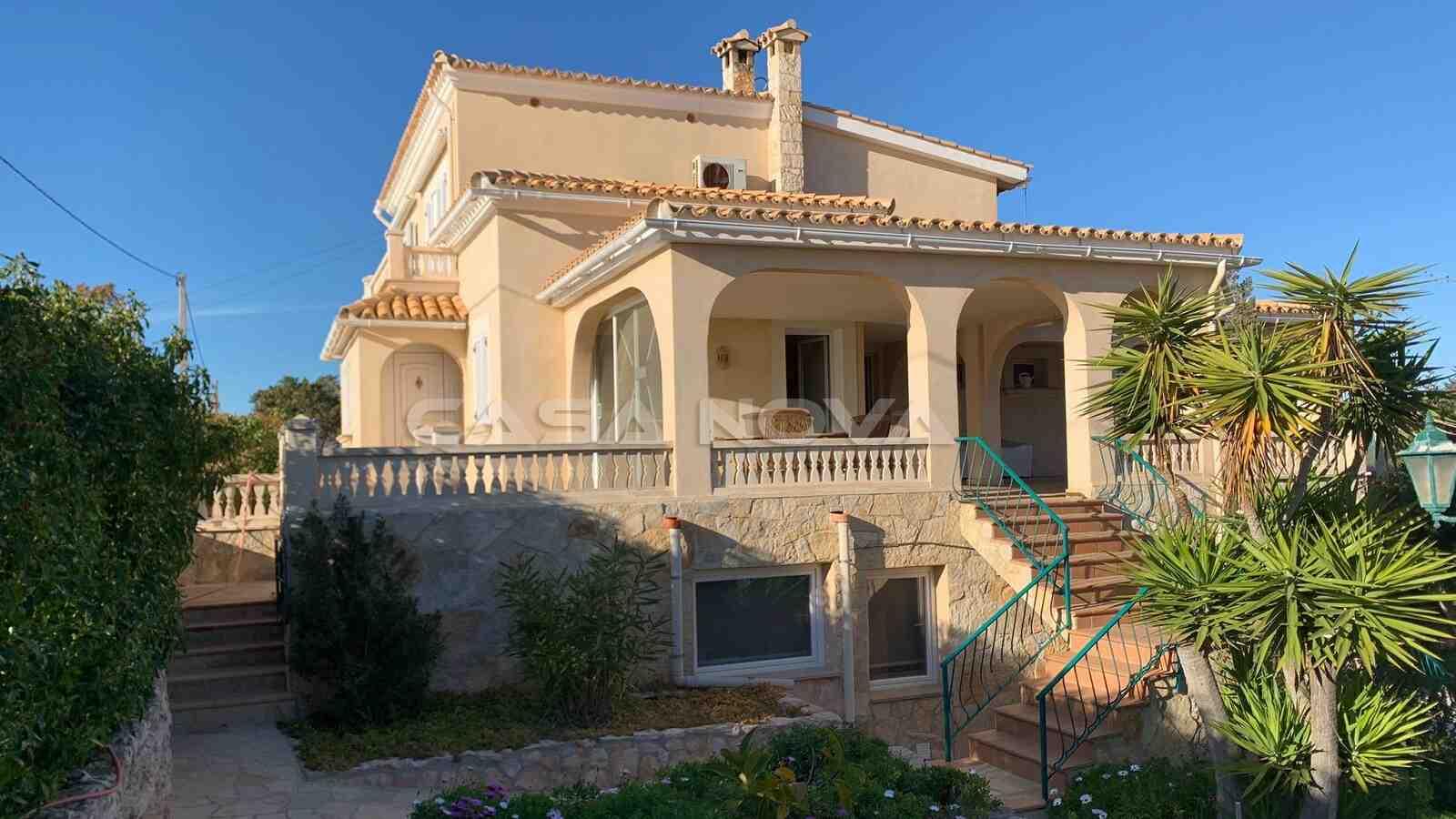 Mallorca Villa mit separatem Grundstück im mediterranem Stil