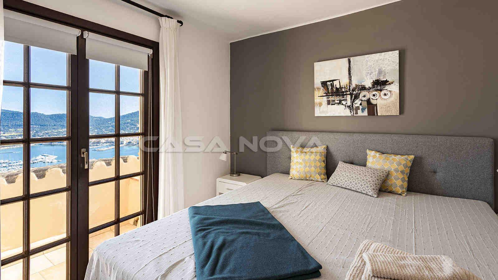 Tolles Haupschlafzimmer mit privater Terrasse