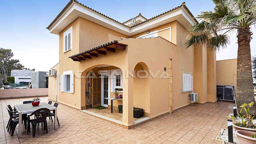 Mallorca Villa mit gro�z�gigen Terrassenfl�chen