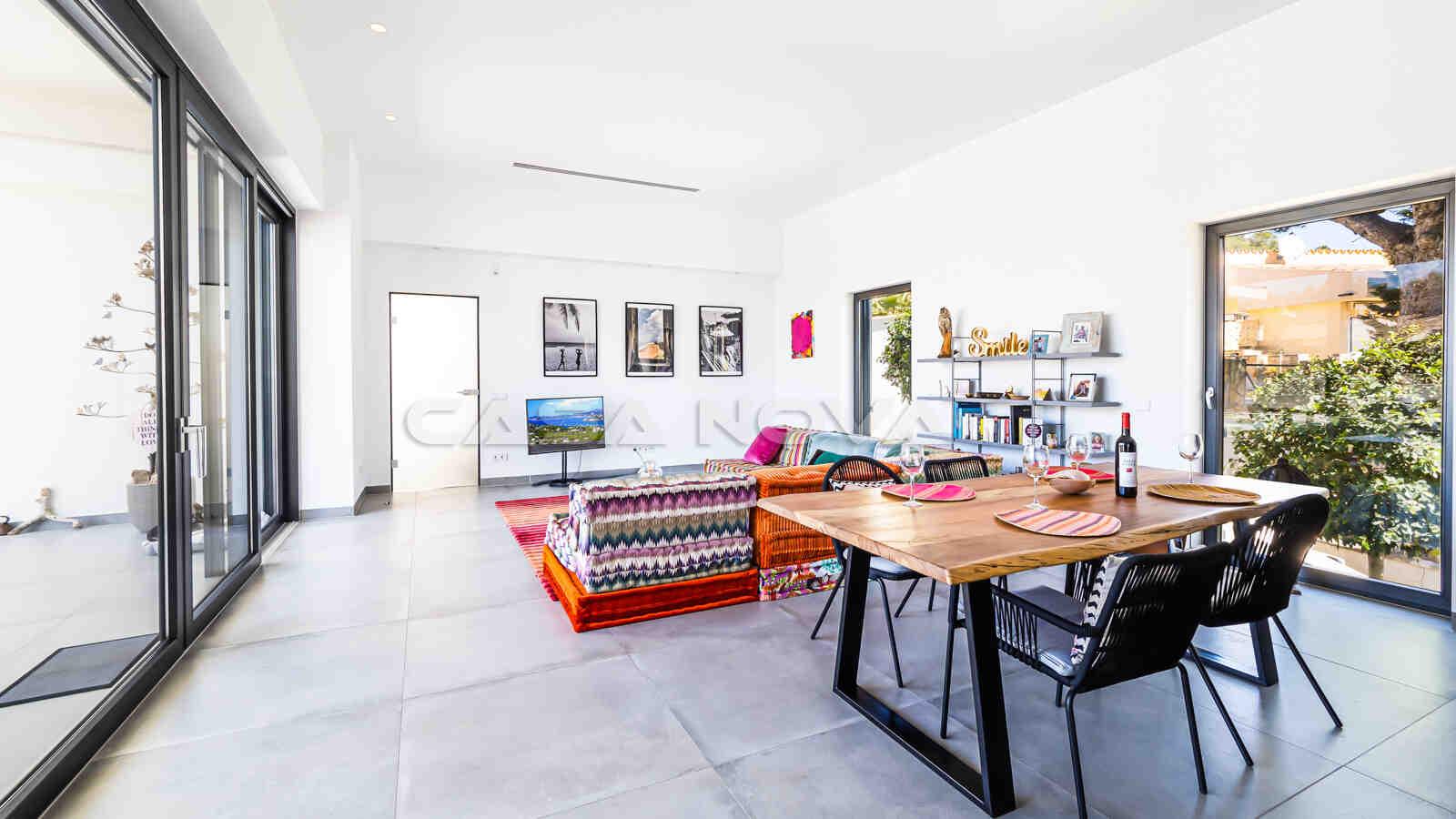 Schöner Essbereich mit offenem Wohnkonzept