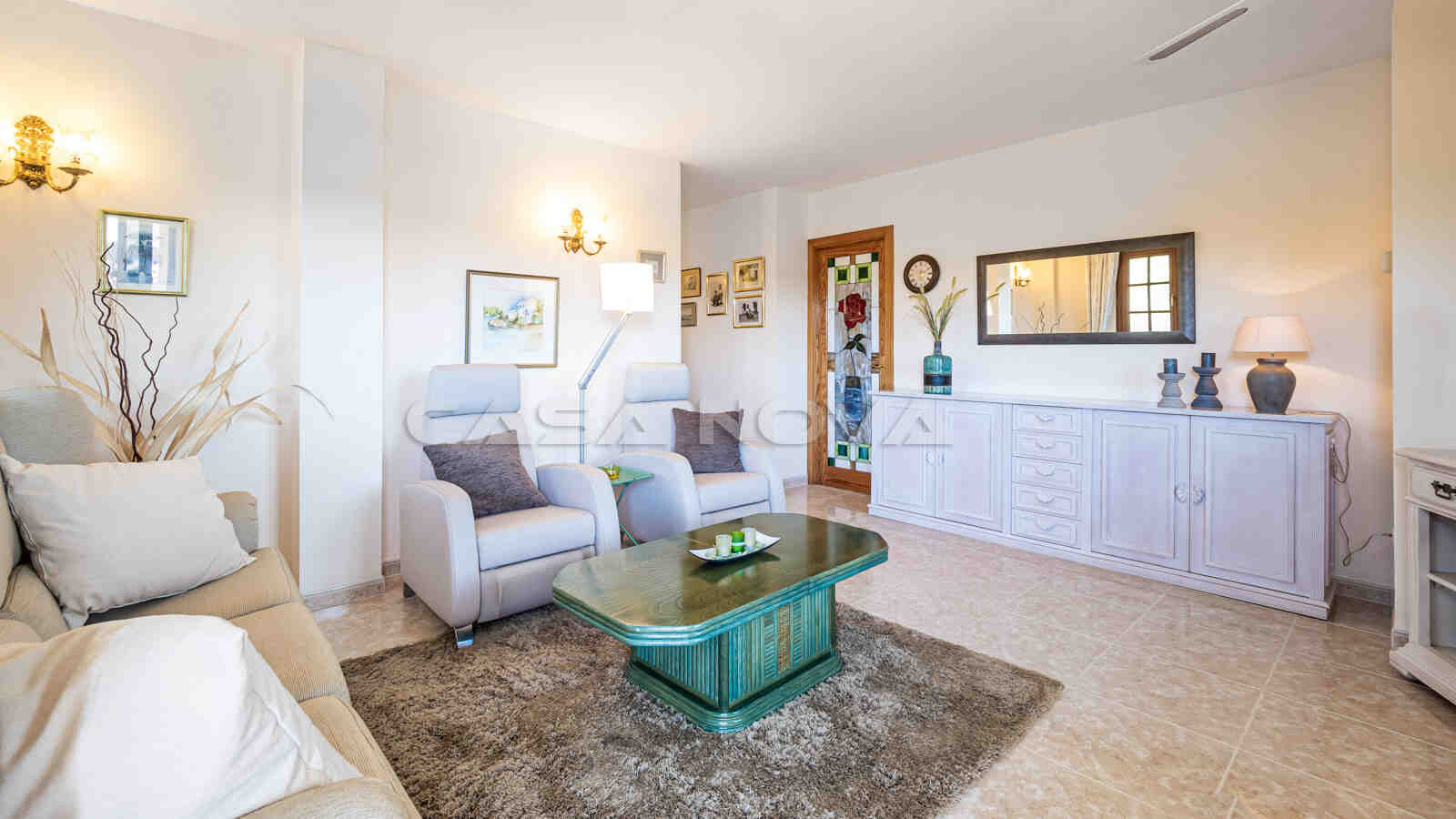 Charmantes Wohnzimmer dieses Mallorca Penthauses