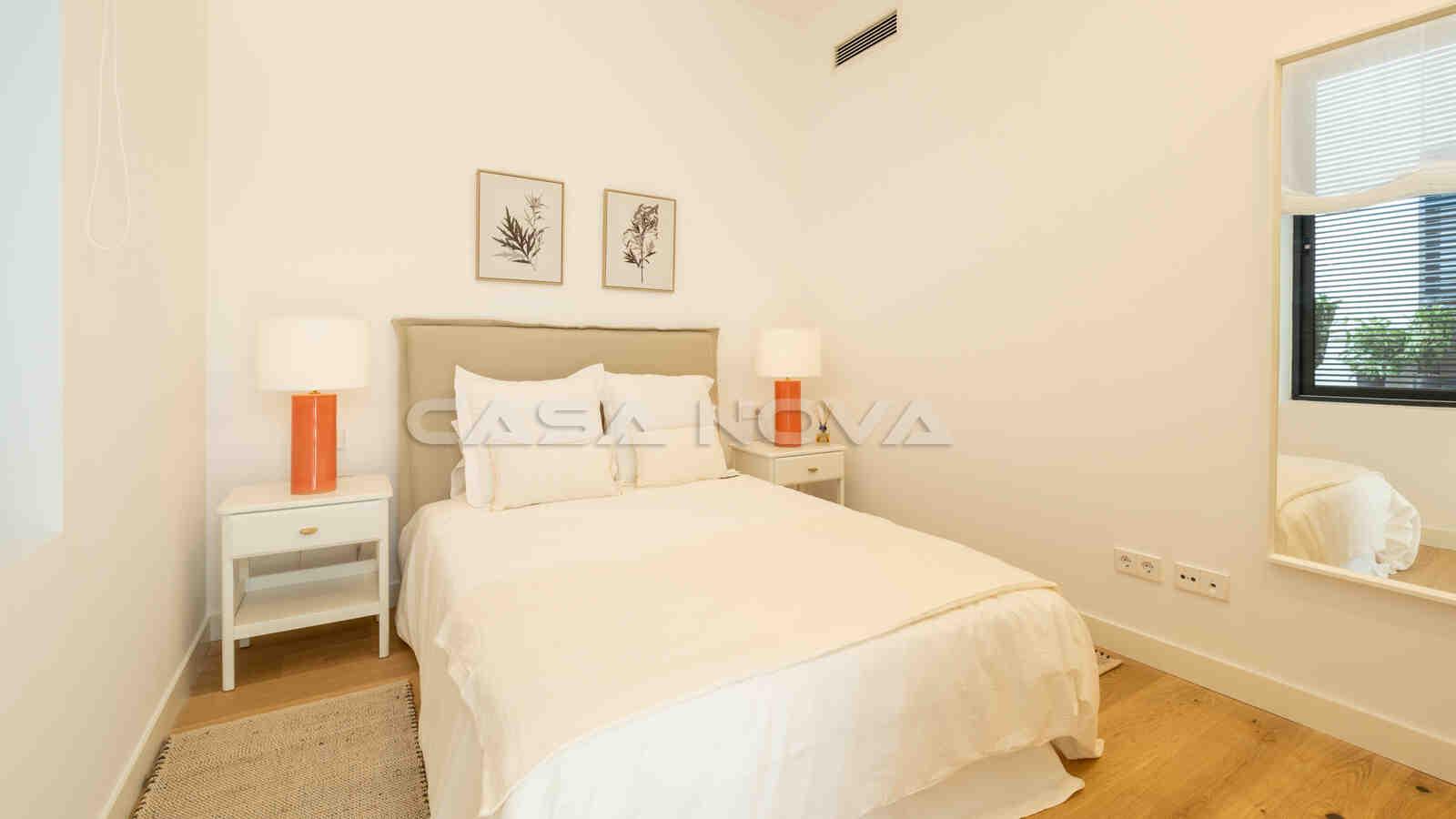 Weiteres Doppelschlafzimmer mit viel Lichteinfall