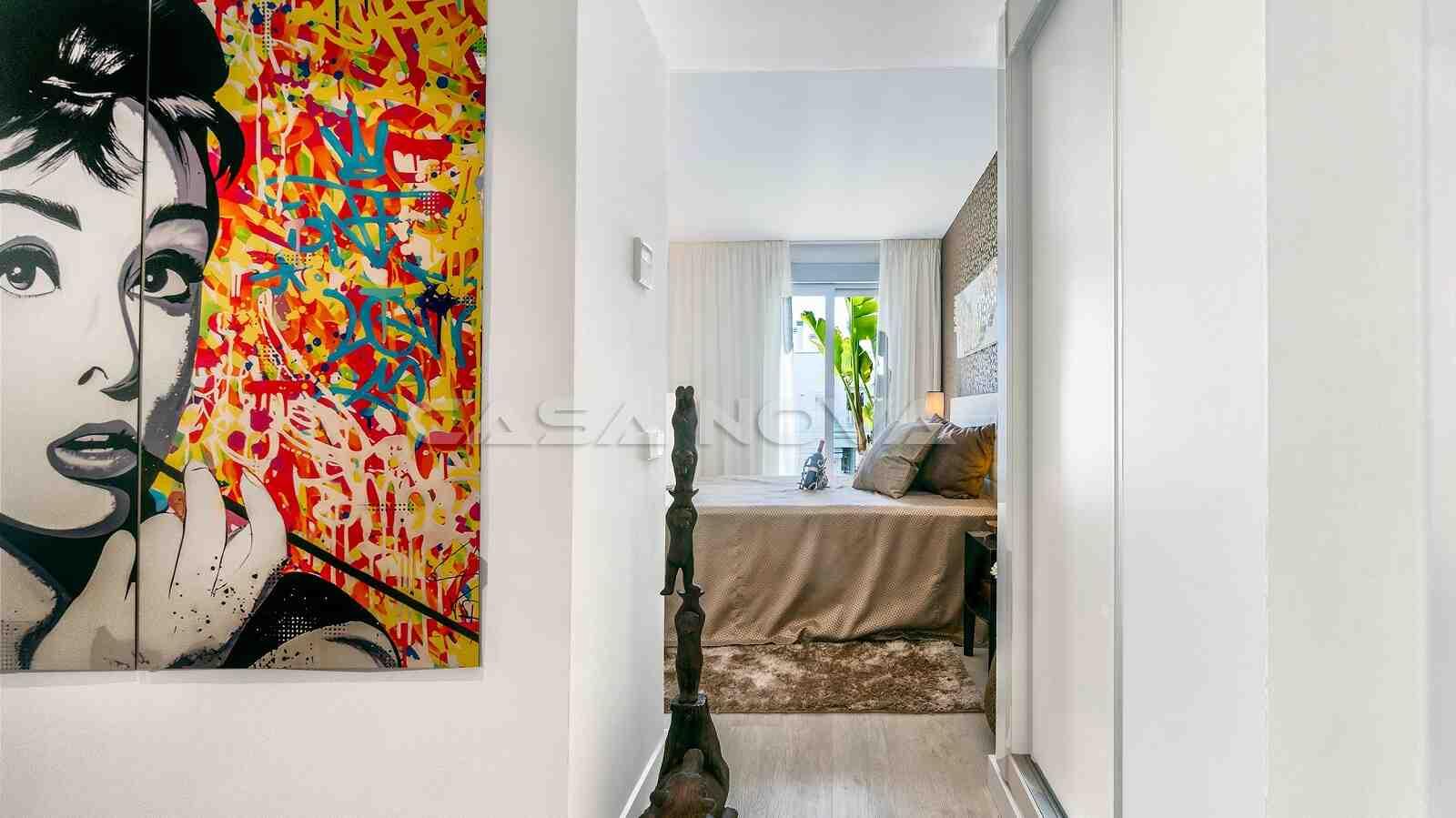 Geschickt dekorierte Designer Wohnung