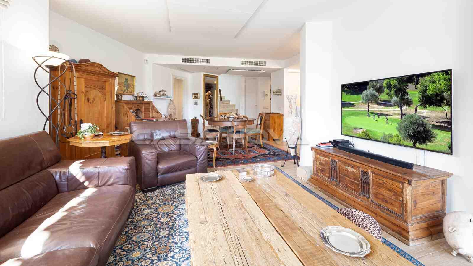 Ref. 2303088 - Traumhafte Villa mit Pool in 1. Linie zum Golfplatz