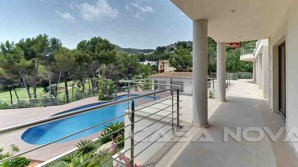 Überdachte Terrasse der Mallorca Immobilie