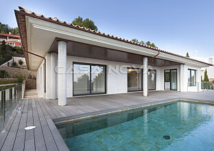 Hochwertige Neubau-Villa in Luxus-Golf-Wohnlage