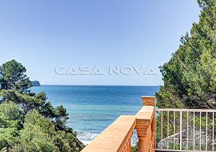 Mallorca Villa (Renov. Objekt) mit direktem Meerzugang