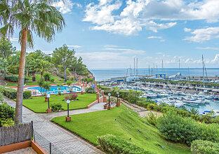 Port Adriano: Renoviertes Mallorca Apartment in 1. Meereslinie