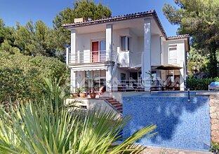 Immobilien auf Mallorca Moderne Villa mit Pool