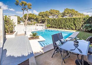 Moderne Villa unweit vom begehrten Yachthafen Port Adriano