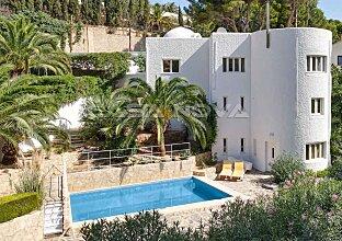 Großzügige Villa mit viel Potenzial in ruhiger Lage